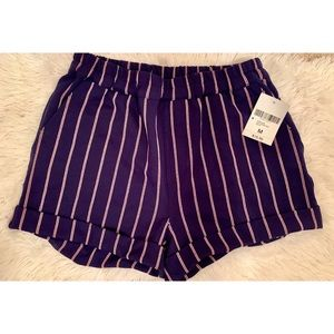 Pants - Forever 21 navy strip shorts M